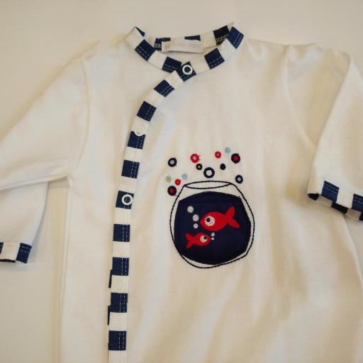 Pijama bebé pecera
