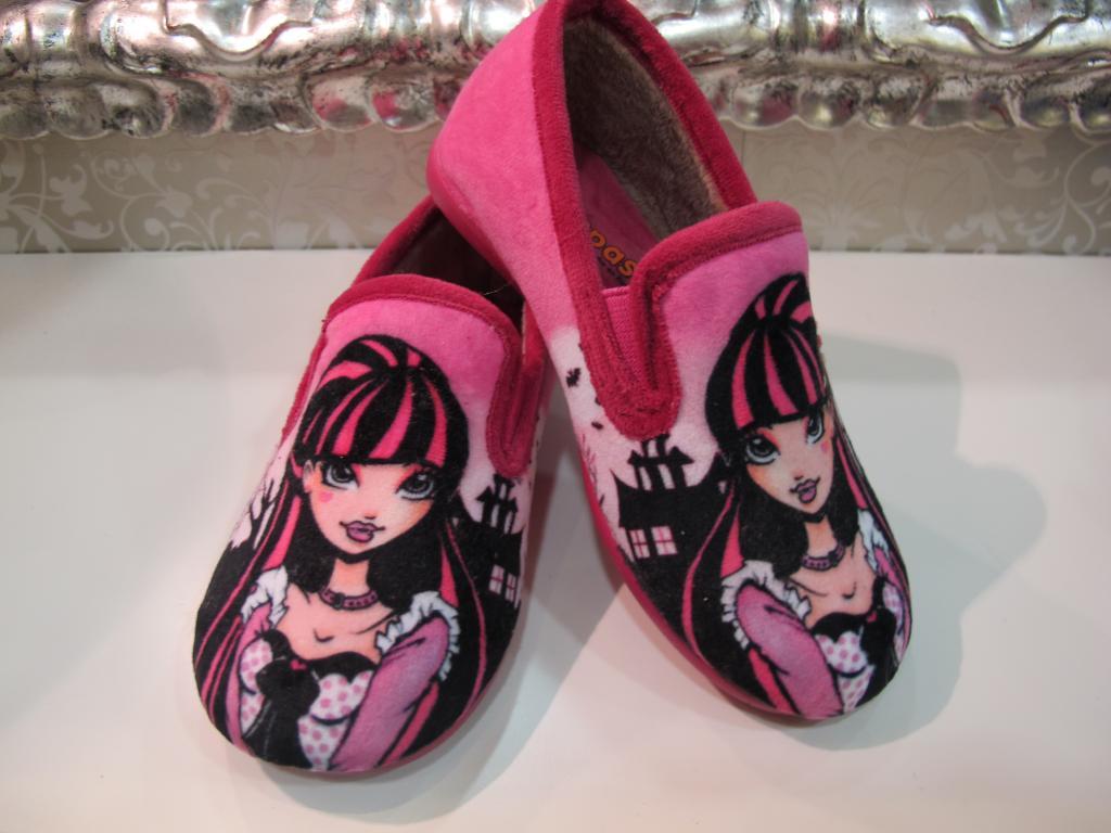 Zapatillas de casa Monster High