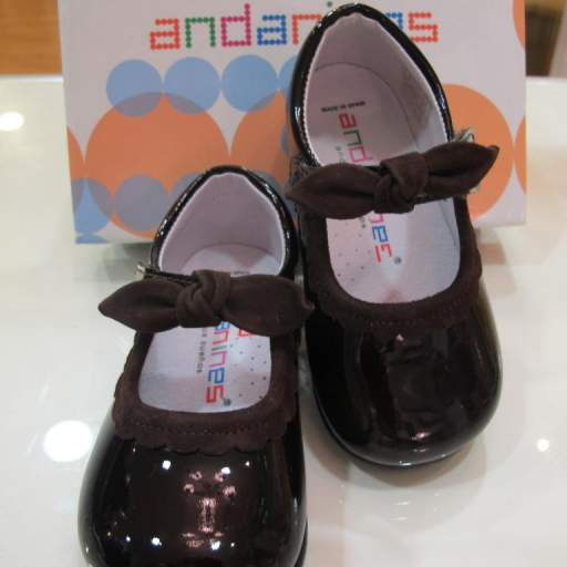Zapatos niña charol Andanines