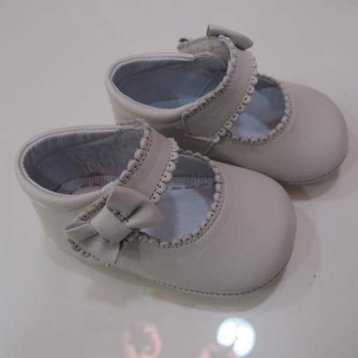Zapato niña beige TNY