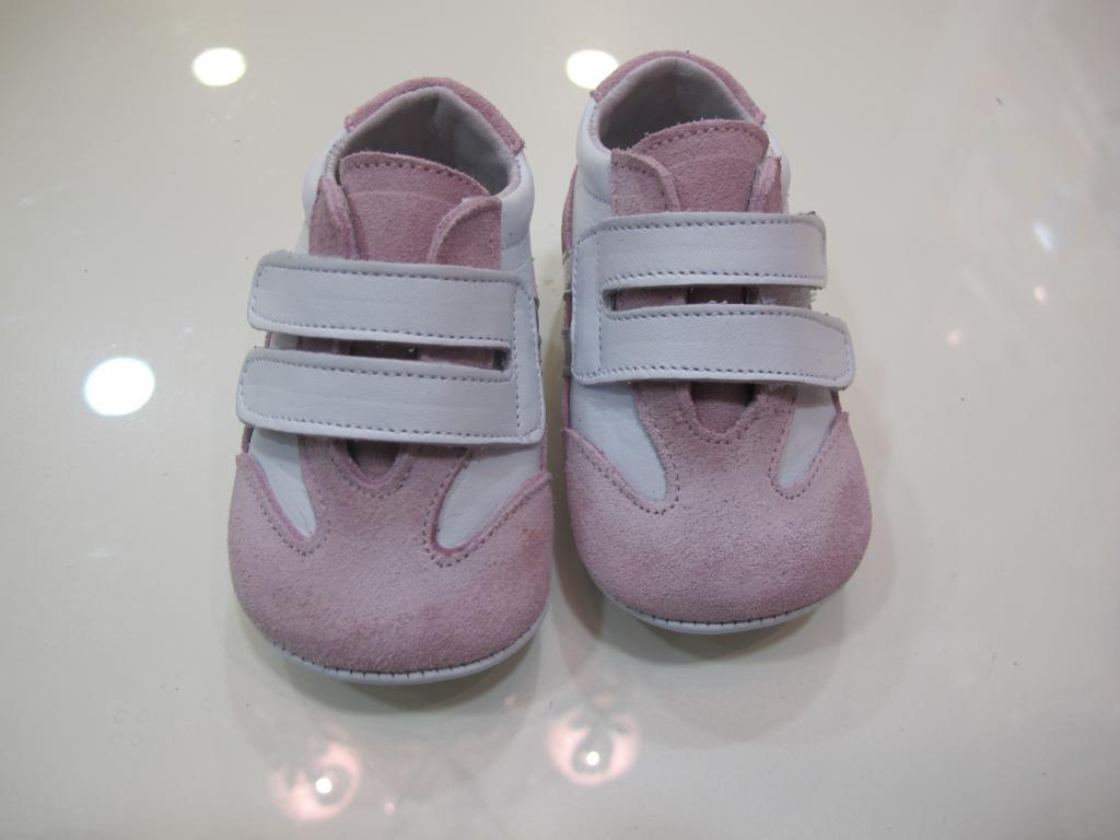 Zapato niña rosa y blanco Tinny shoes