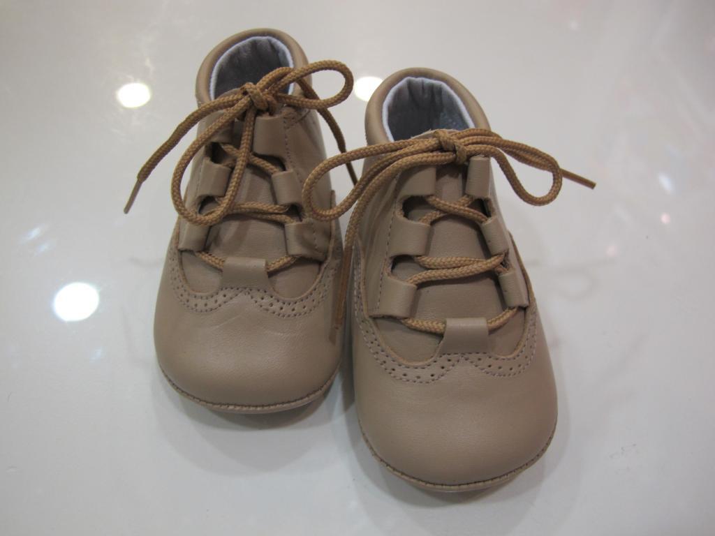 Botas camel Tinny shoes