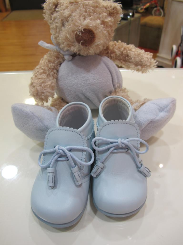 Botas celeste Tinny shoes