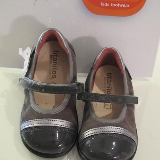 Zapatos niña Titanitos