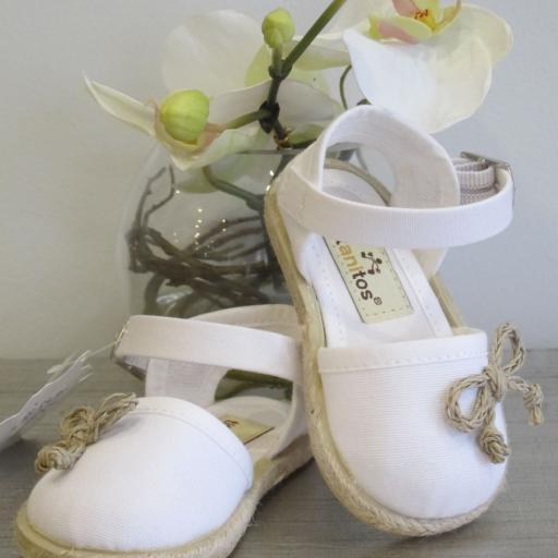 Zapatillas lona blanco Titanitos