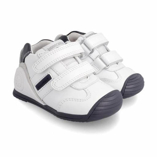 Deportiva de bebe BIOMECANICS piel blanca con marino