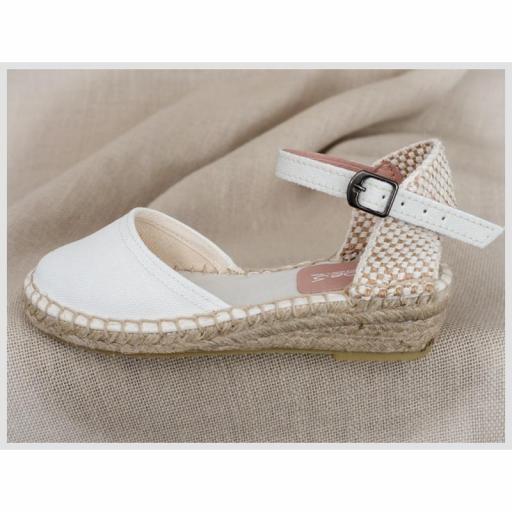 Zapato de Comunión ZOYSAN esparteña lisa blanco roto lona [1]
