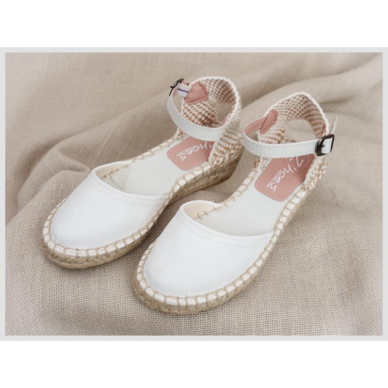 Zapato de Comunión ZOYSAN esparteña lisa blanco roto lona