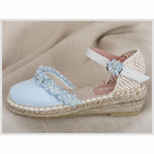 Zapato de Comunión ZOYSAN esparteña velour celeste con aplique  [2]