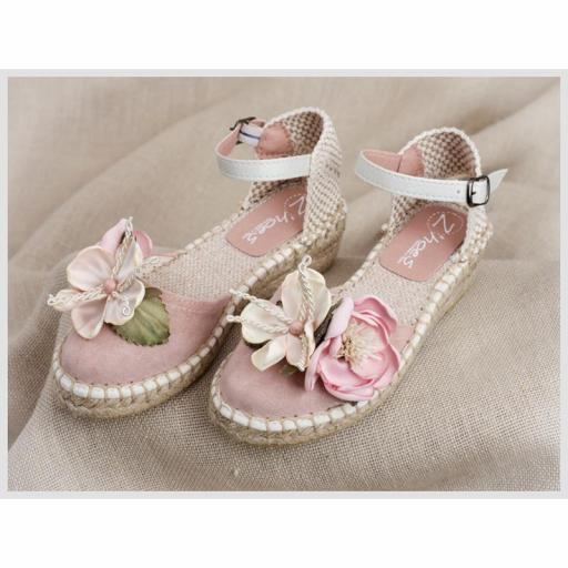 Zapato de Comunión ZOYSAN esparteña lisa velour rosa con flor