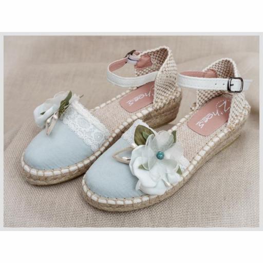 Zapato de Comunión ZOYSAN esparteña lisa verde agua velour flor