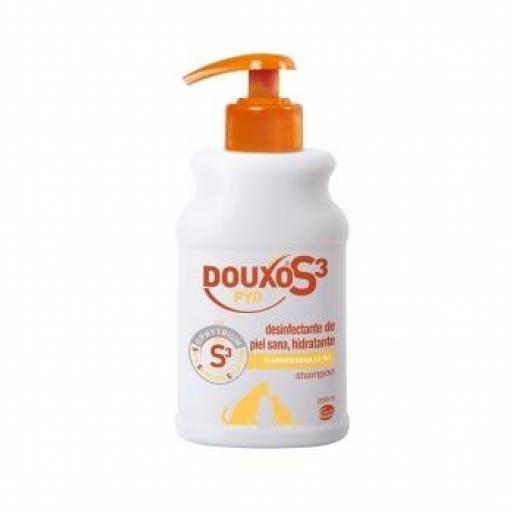 DOUXO S3 PYO Champú Desinfectante Perros & Gatos