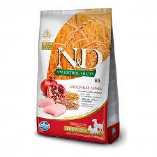 Farmina N&D Low Grain Ancestral Adult Mini Pollo Senior