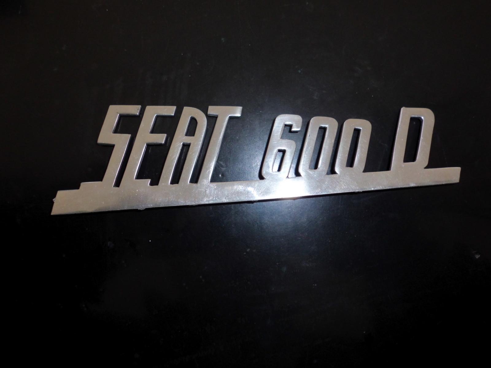 Anagrama metalico Seat 600 D