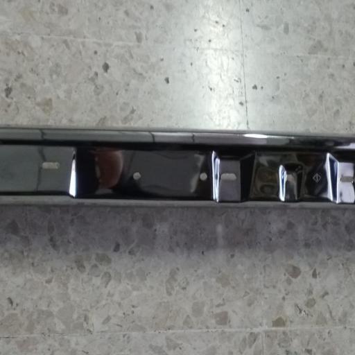 CENTRO PARAGOLPES DELANTERO BMW E30