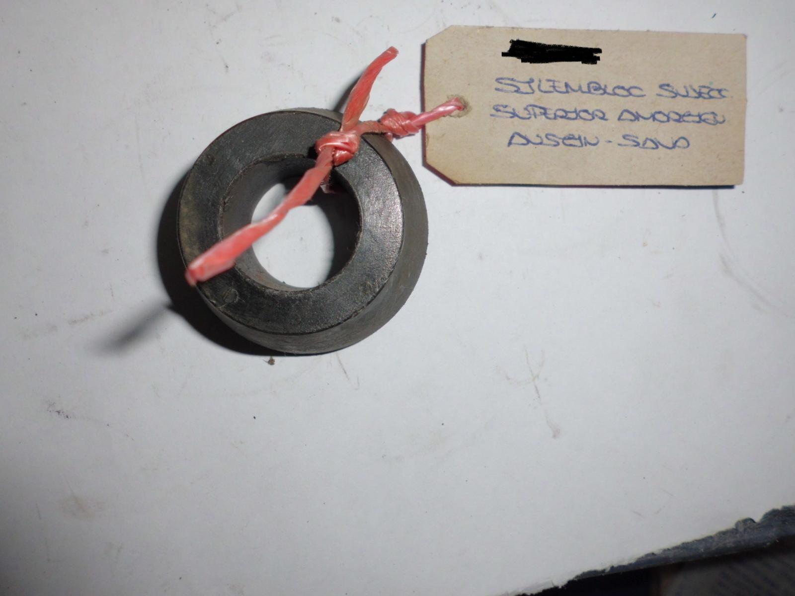 Silentblock de sujeción superior del amortiguador de Austin, Sava