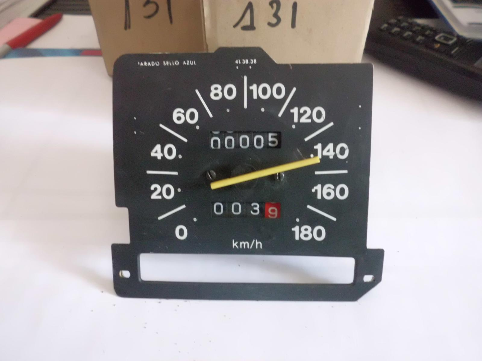 Reloj cuenta kilomeros seat 131 180km