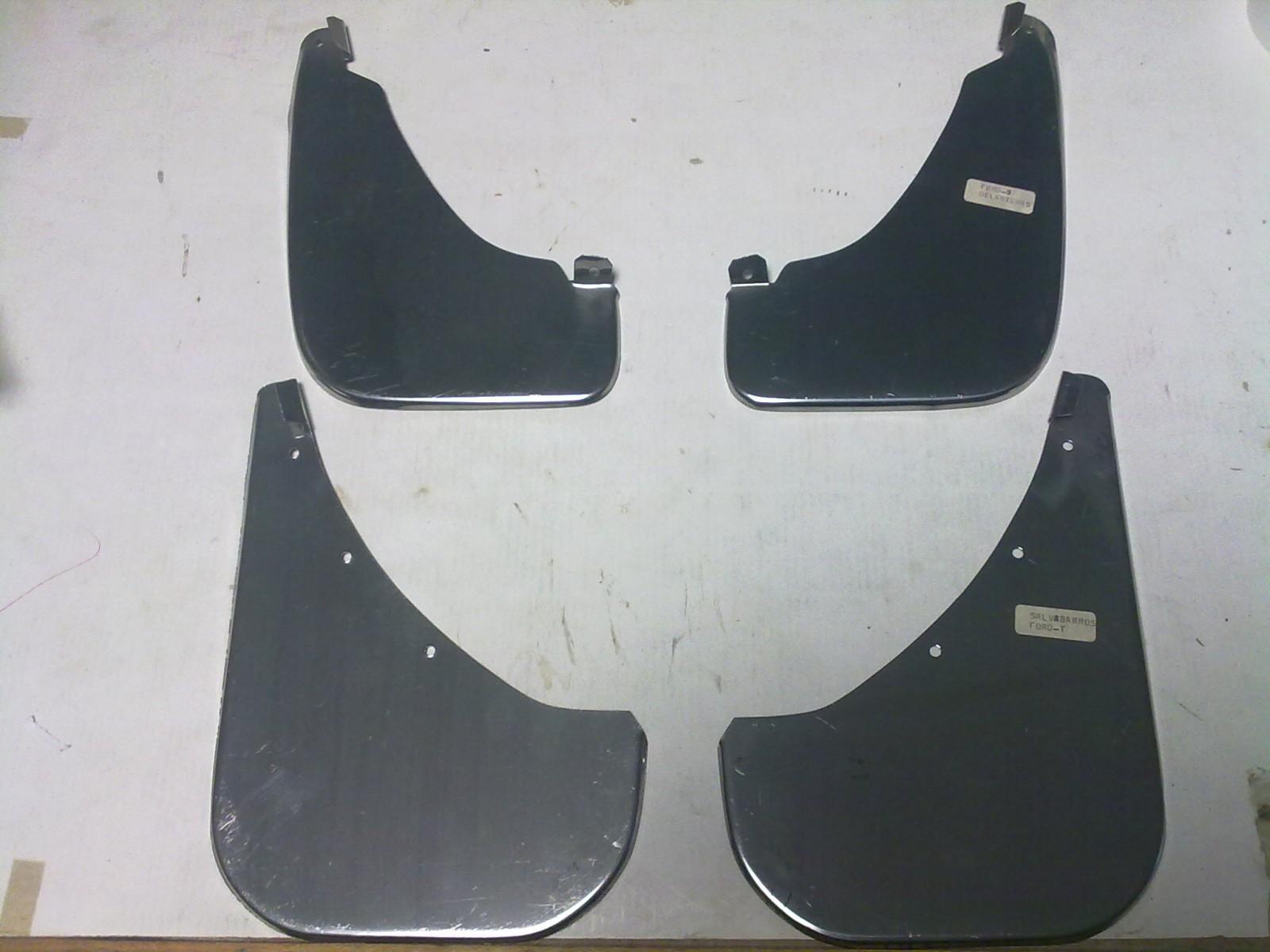 Faldillas metálicas de Ford Fiesta MK1