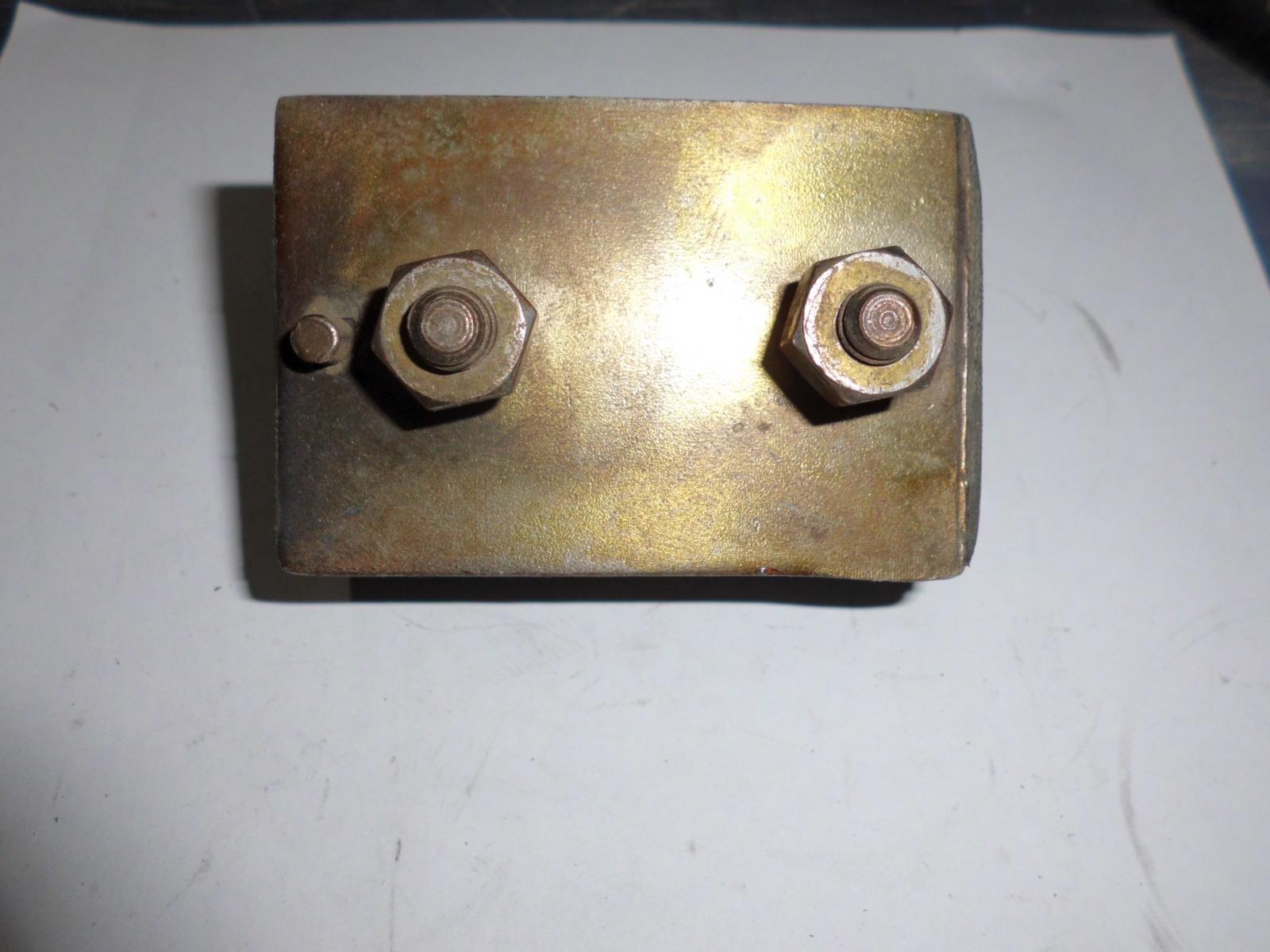 Soporte lateral superior de motor Morris