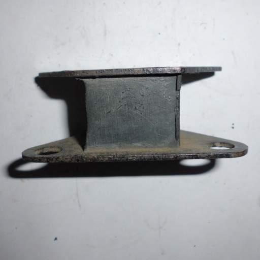 Soporte radidador de Sava J4 [1]