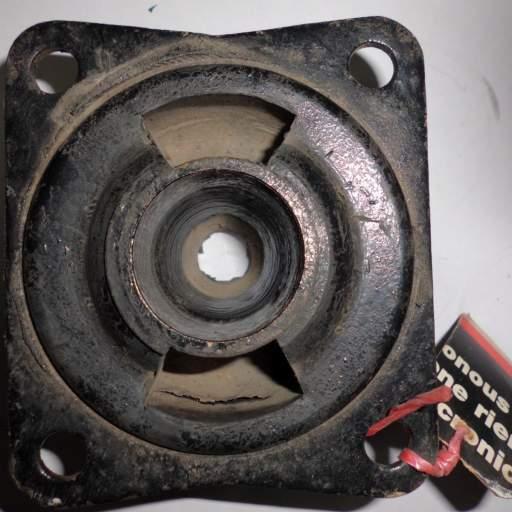 Soporte trasero motor BMC [1]