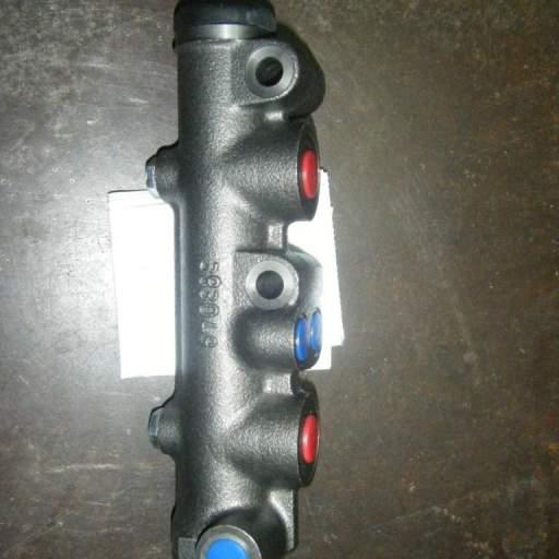 Bomba de frenos seat 600 doble circuito [0]