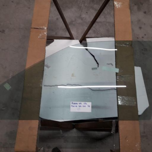 CRISTAL PUERTA IZQUIERDA PORCHE 924-944 DEL 75