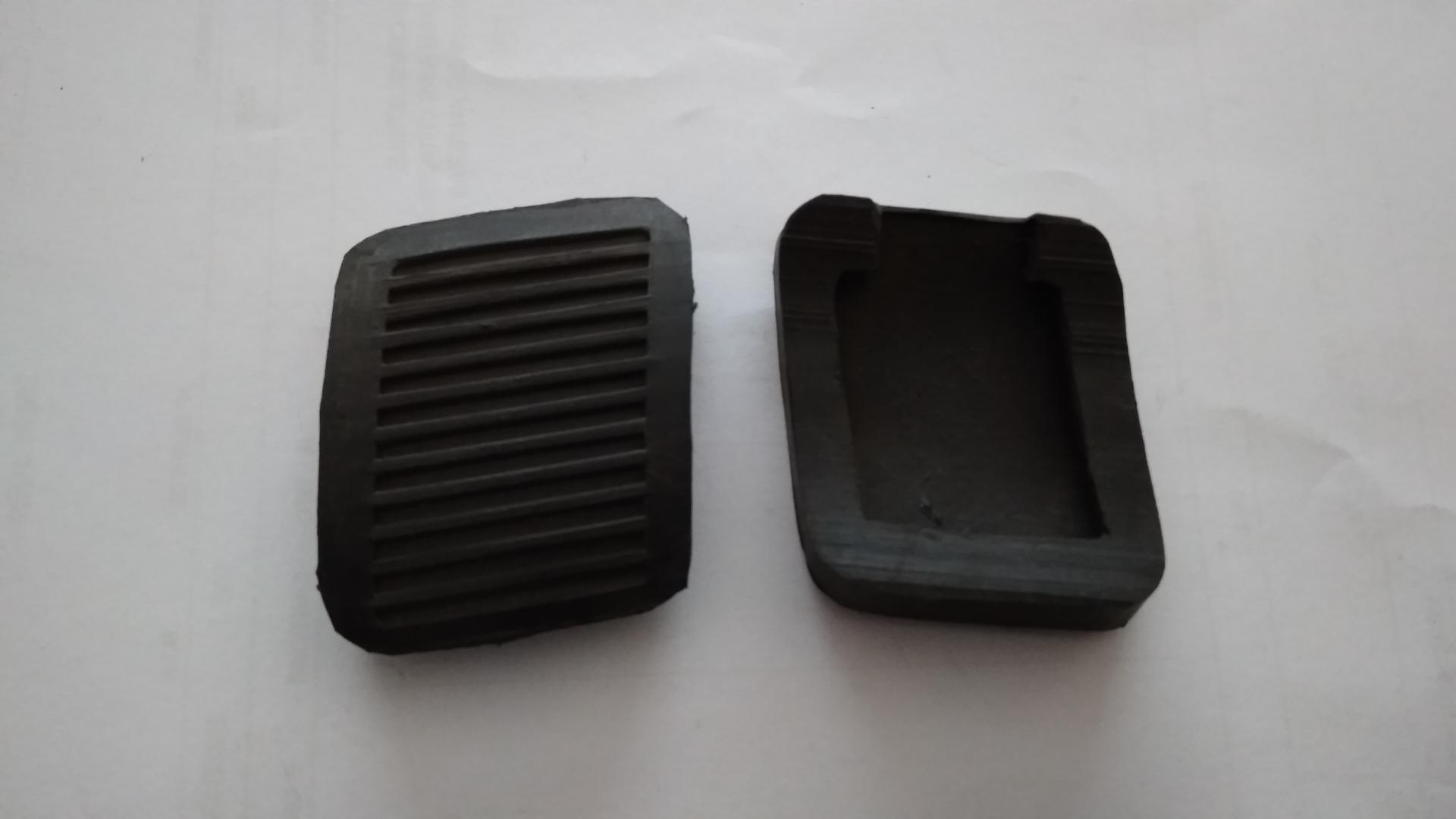 gomas Cubrepedales de freno y embrague  de Renault 4 antiguo