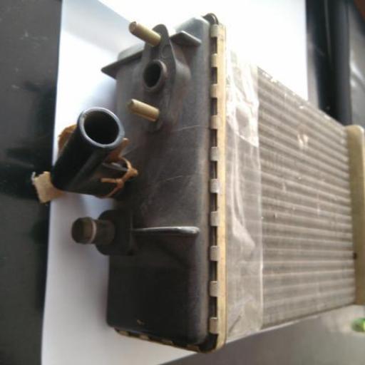 Radiador de la calefacción de Renault 6 [1]
