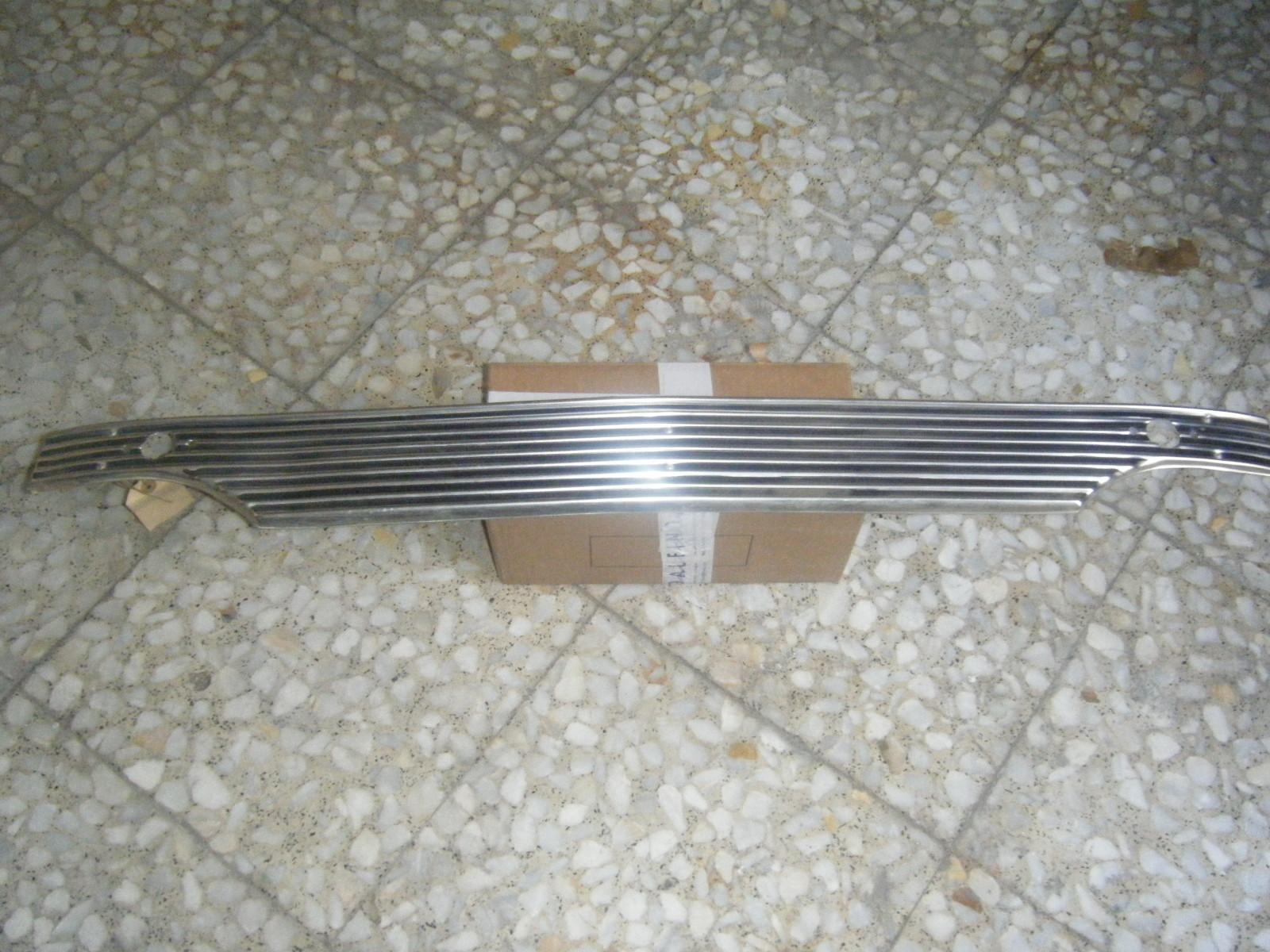 Rejilla delantera Simca 1000 1 serie