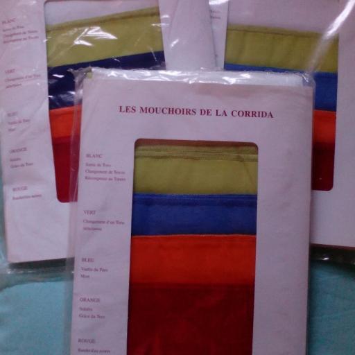 Pañuelos de la Presidencia 5 colores [2]