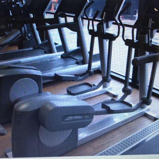 Gimnasio Completo Life Fitness [2]