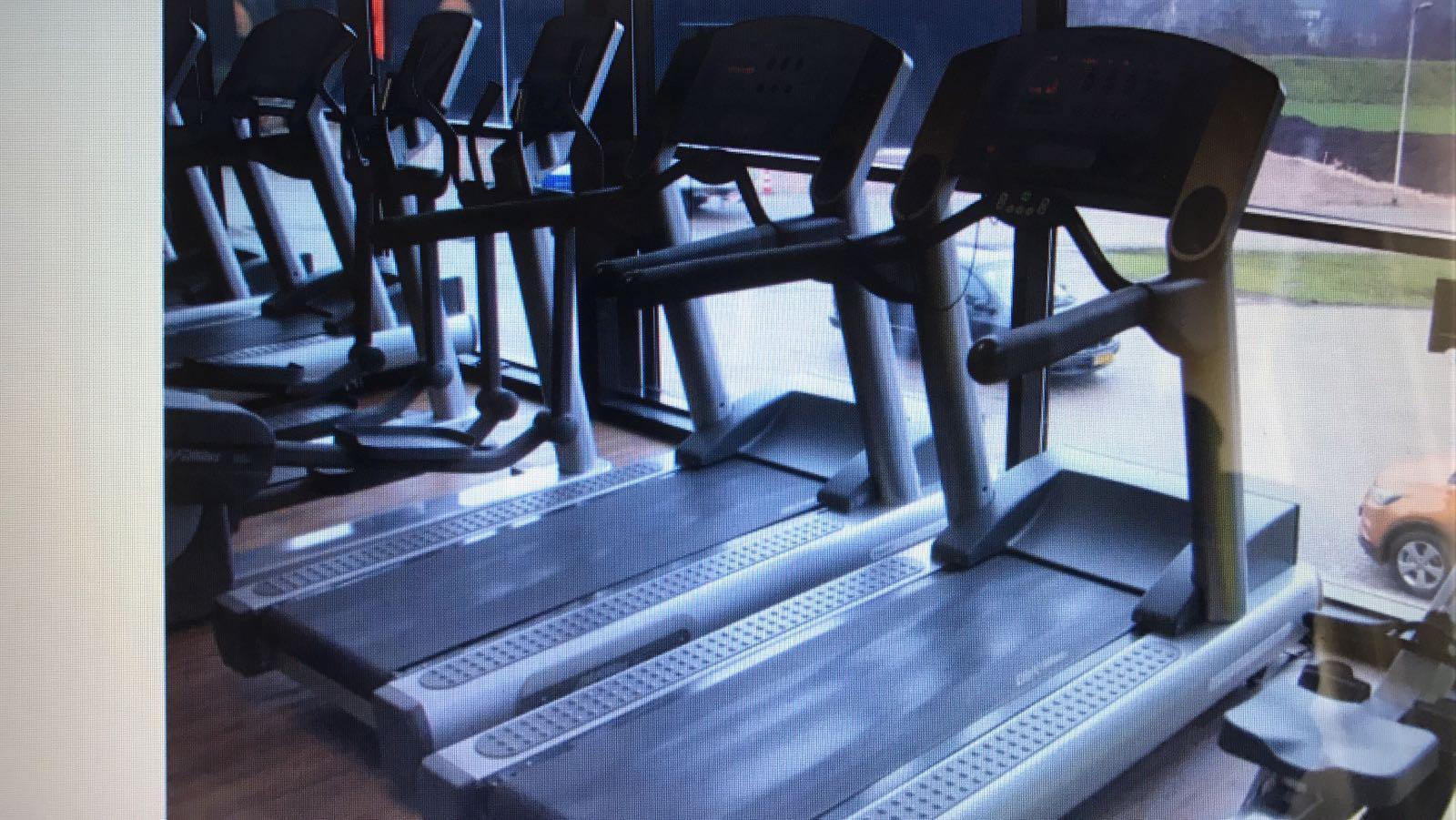 Gimnasio Completo Life Fitness