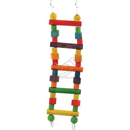 Escalera de madera [2]