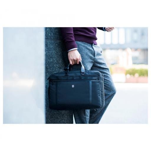 Maletin Victorinox Werks Professional 2.0, 2-Way Carry Laptop Bag 604987 * [1]