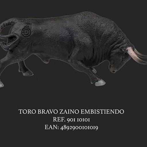 TORO ZAINO EMBISTIENDO NEGRO