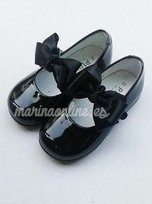 Mercedita Velcro Charol Negro Lazo REF: 11460