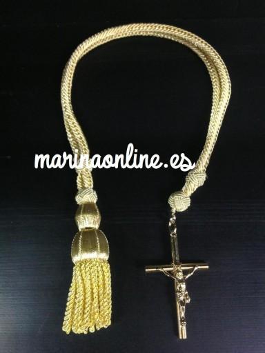 Cordón y cruz dorada