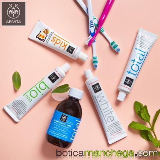 Dentífrico Natural Dental Care Kids 2+ Crema dental para niños con Granada y Propóleo Apivita, 50 ml [3]