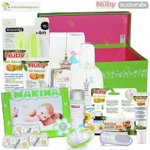 Canastilla Regalo Botica Manchega Green Box Suavinex Nûby Personalizada con el nombre del bebé