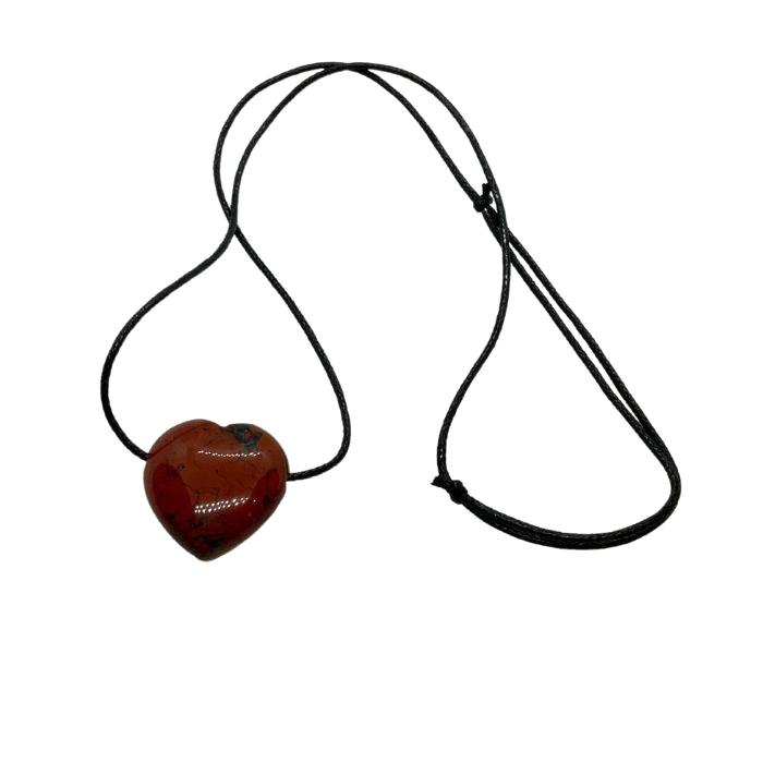 Colgante corazón de jaspe rojo