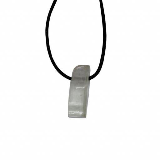 Colgante mineral perforado de kuncita