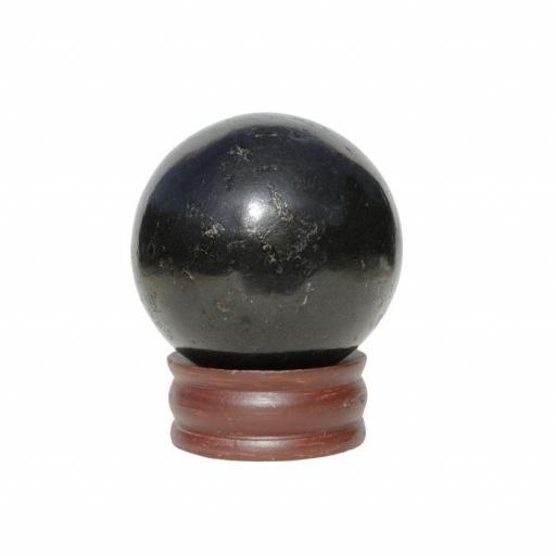Esfera mineral de turmalina negra