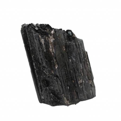 Mineral bruto de turmalina negra