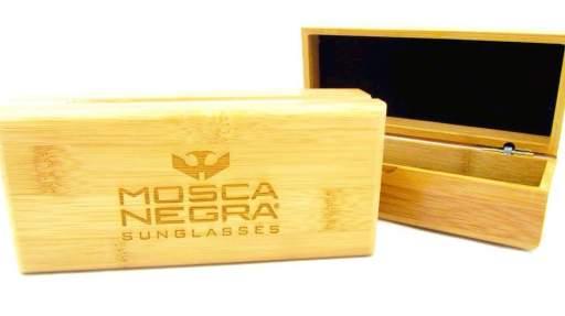 Caja Deluxe de bambú para gafas [2]