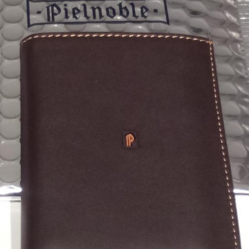 Billetero con monedero Pielnoble caballero marrón3.jpg