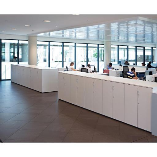 Armario de oficina 113hx80x42cm blanco, Todo puertas. ber [2]