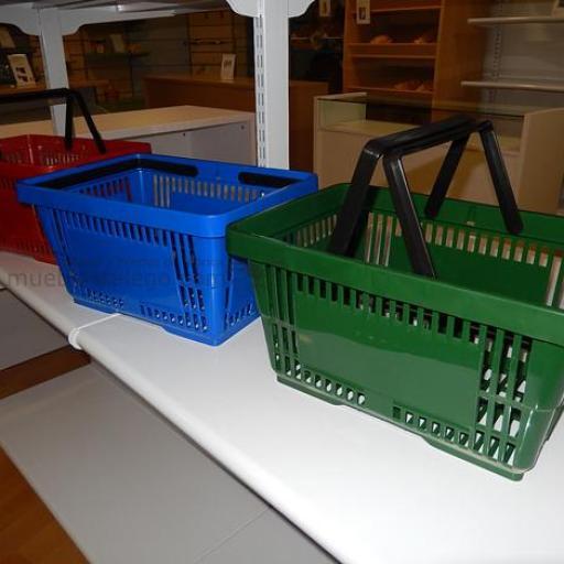 10  cestas de la compra con asas roja [1]